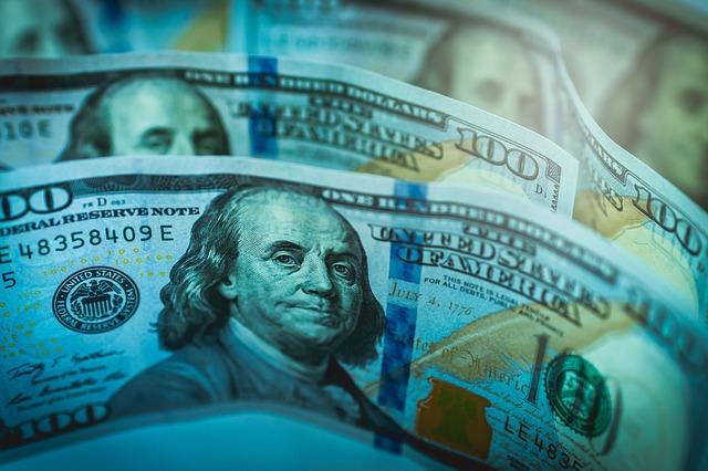 Investitori nakratko zaboravili na ekonomiju i fokusirali se na politiku