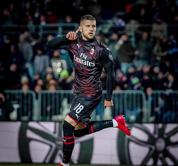 PRIDRUŽIO SE SLAVLJU: Ante Rebić ušao s klupe i postigao odlučujući pogodak za Milan!